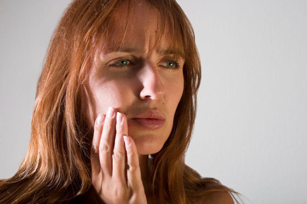sores symptoms of stomatitis
