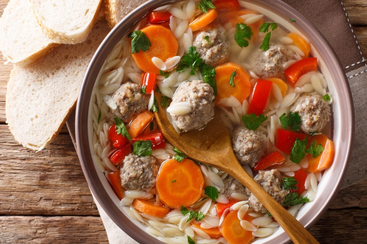 orzo pasta and meatballs