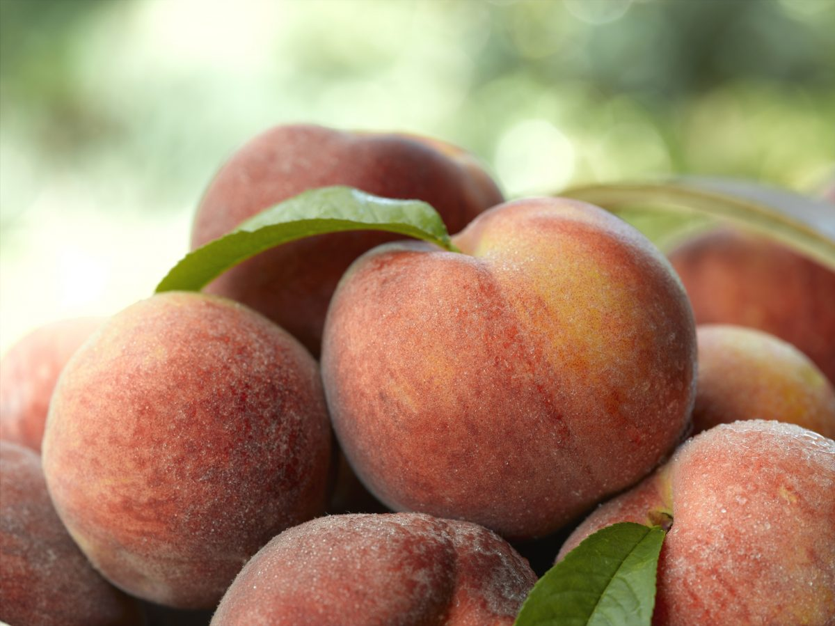 low-carb peaches