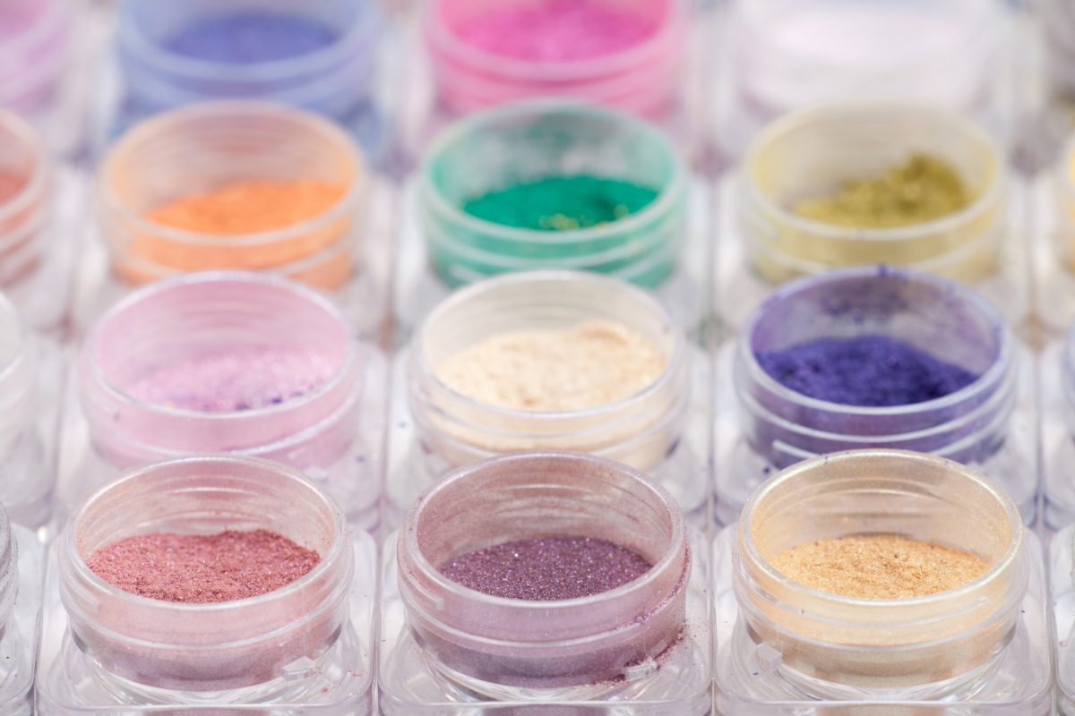 Colorful pigments are available online