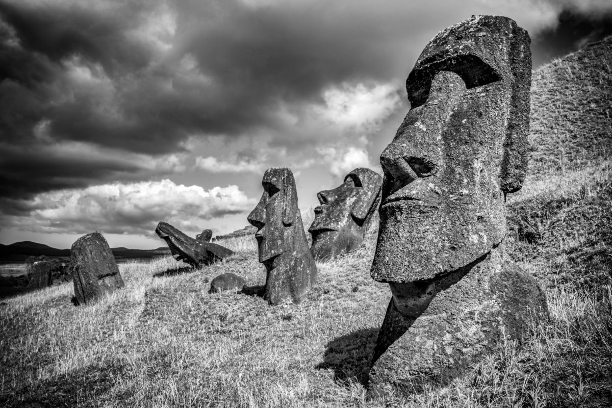 Statues in Rapa Nui