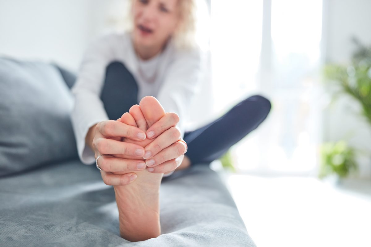 foot muscle joint pain
