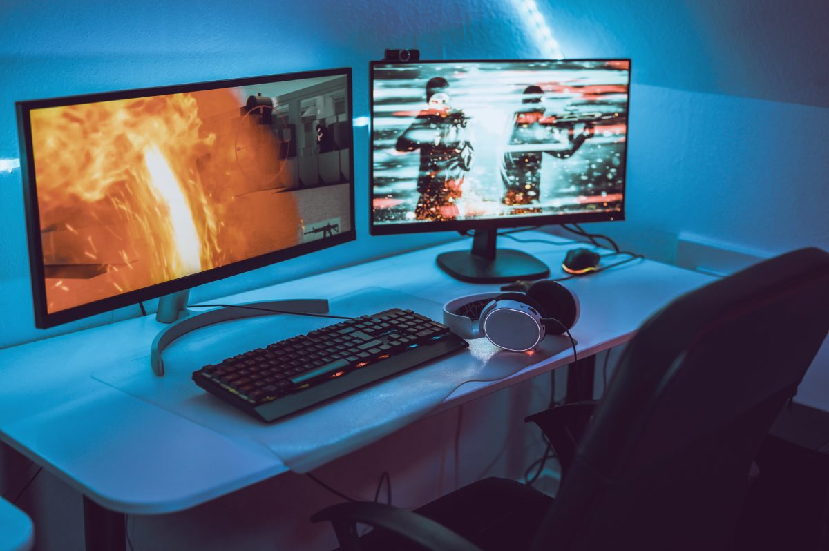Gaming computers massively multiplayer online