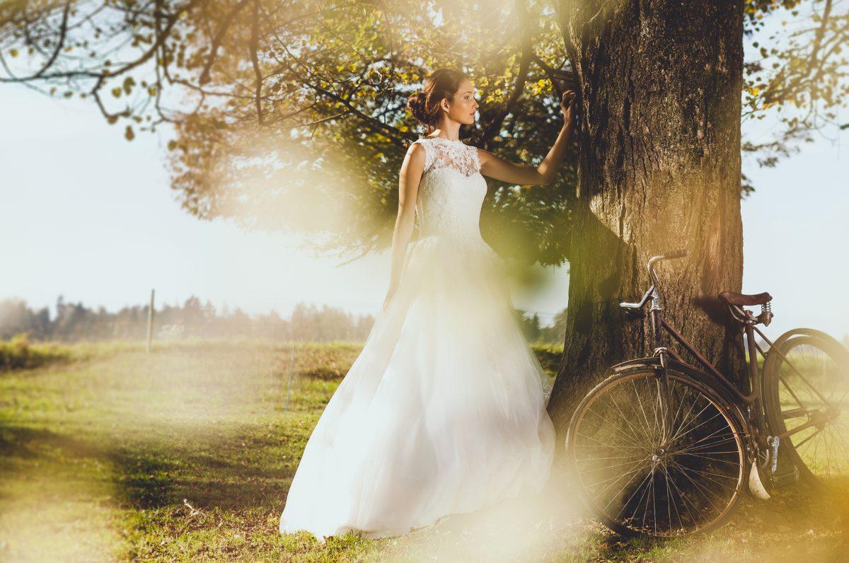 Drop-waist wedding dress