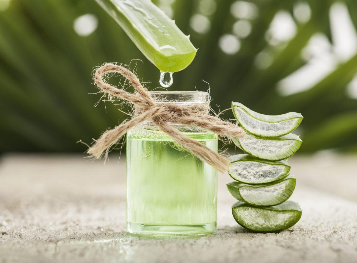natural aloe vera juice drink