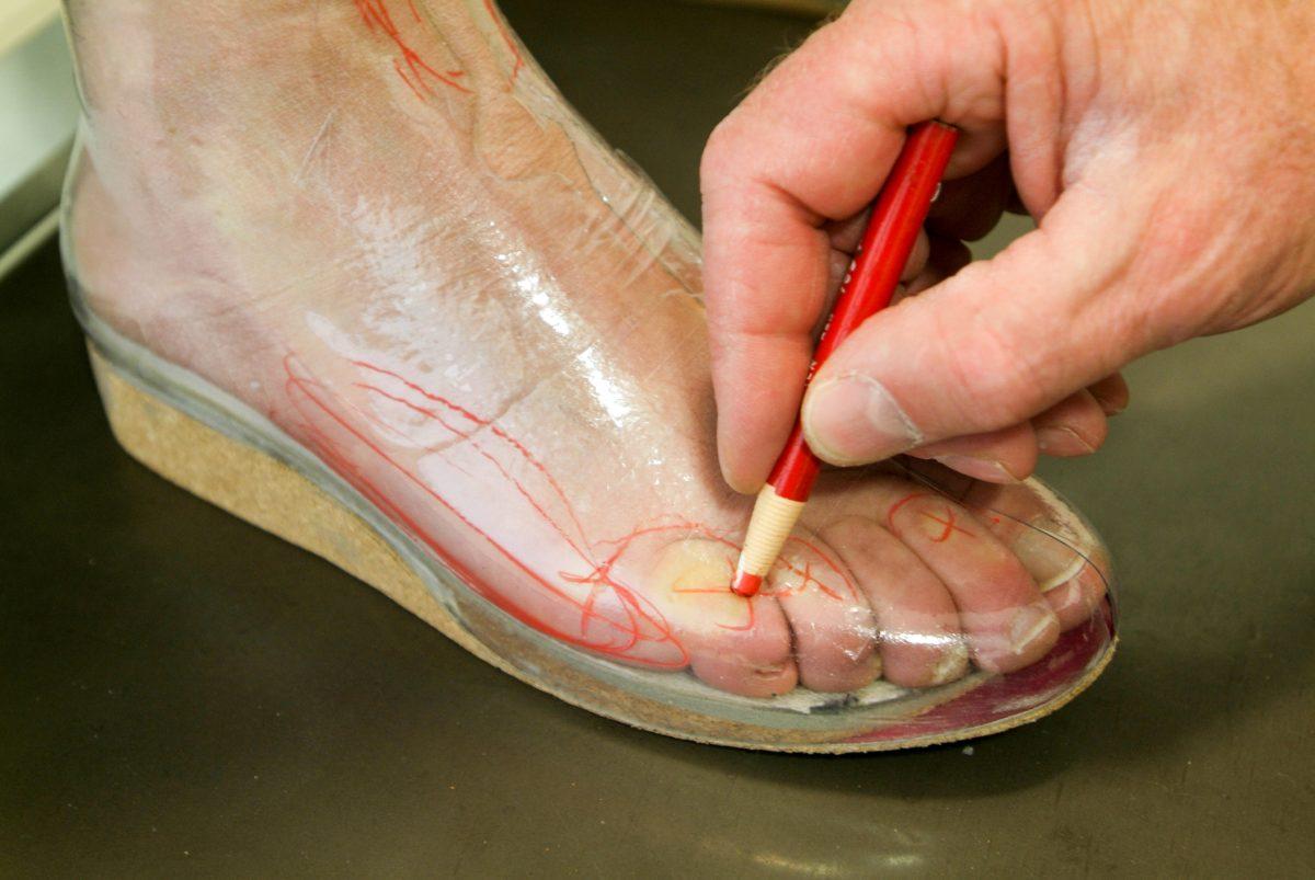 preparing orthopedic insoles