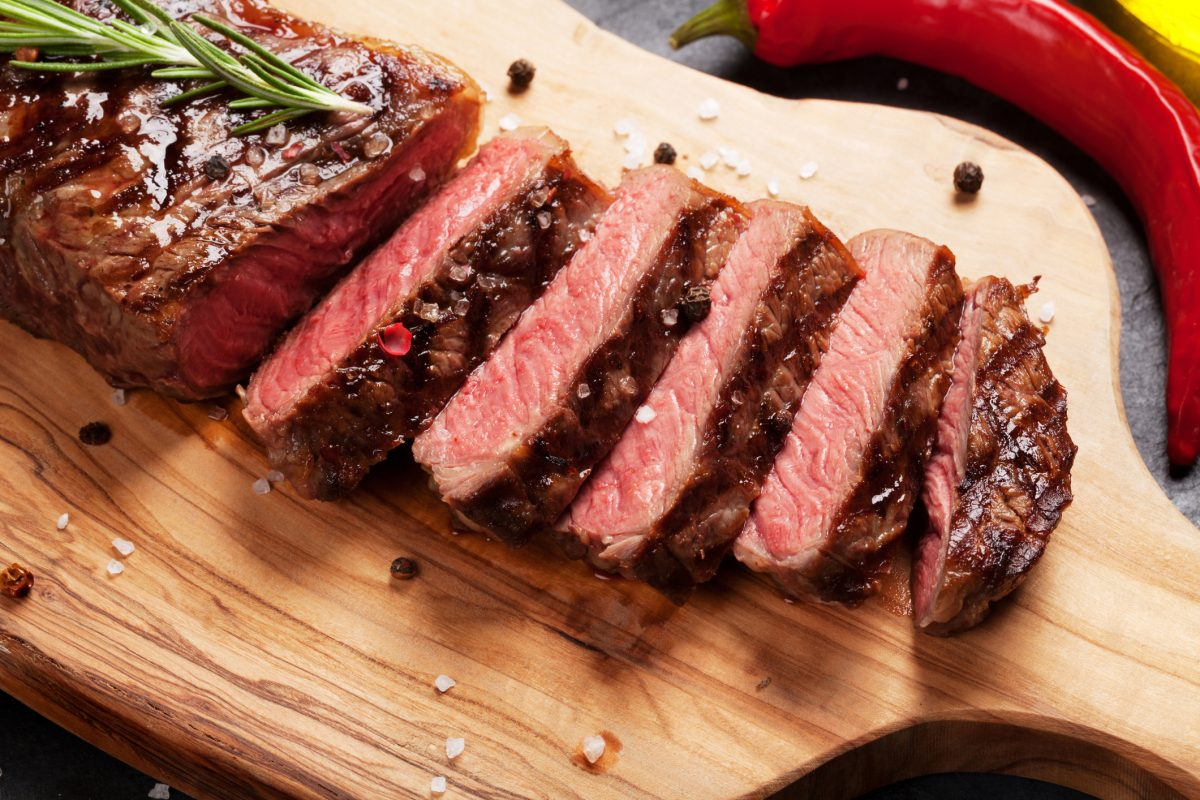Red meat is a good source of l-lysine.