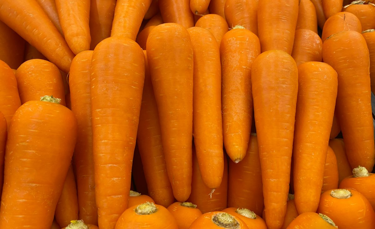 beto carotene yellow poop carrots