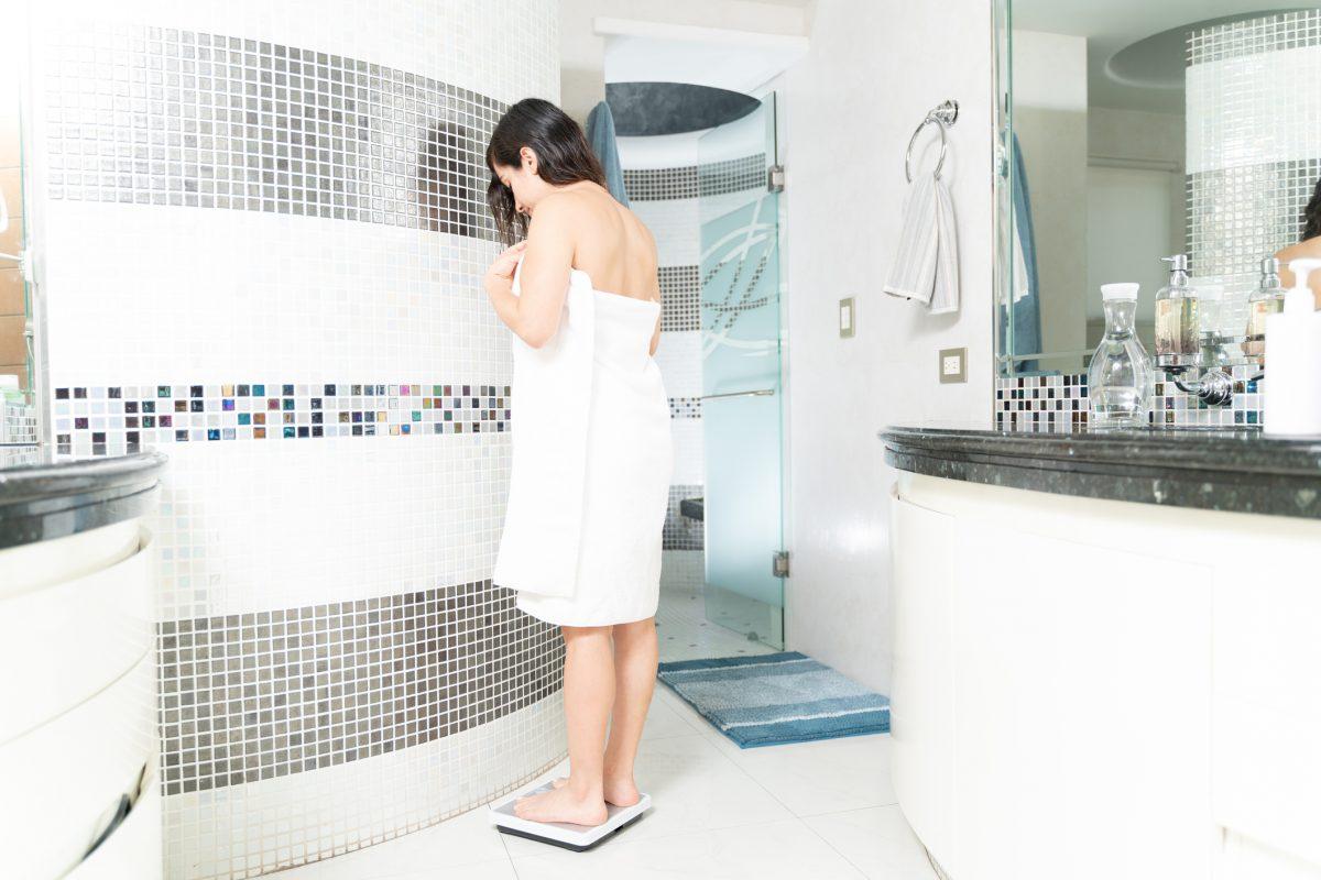 shower fat loss weigh