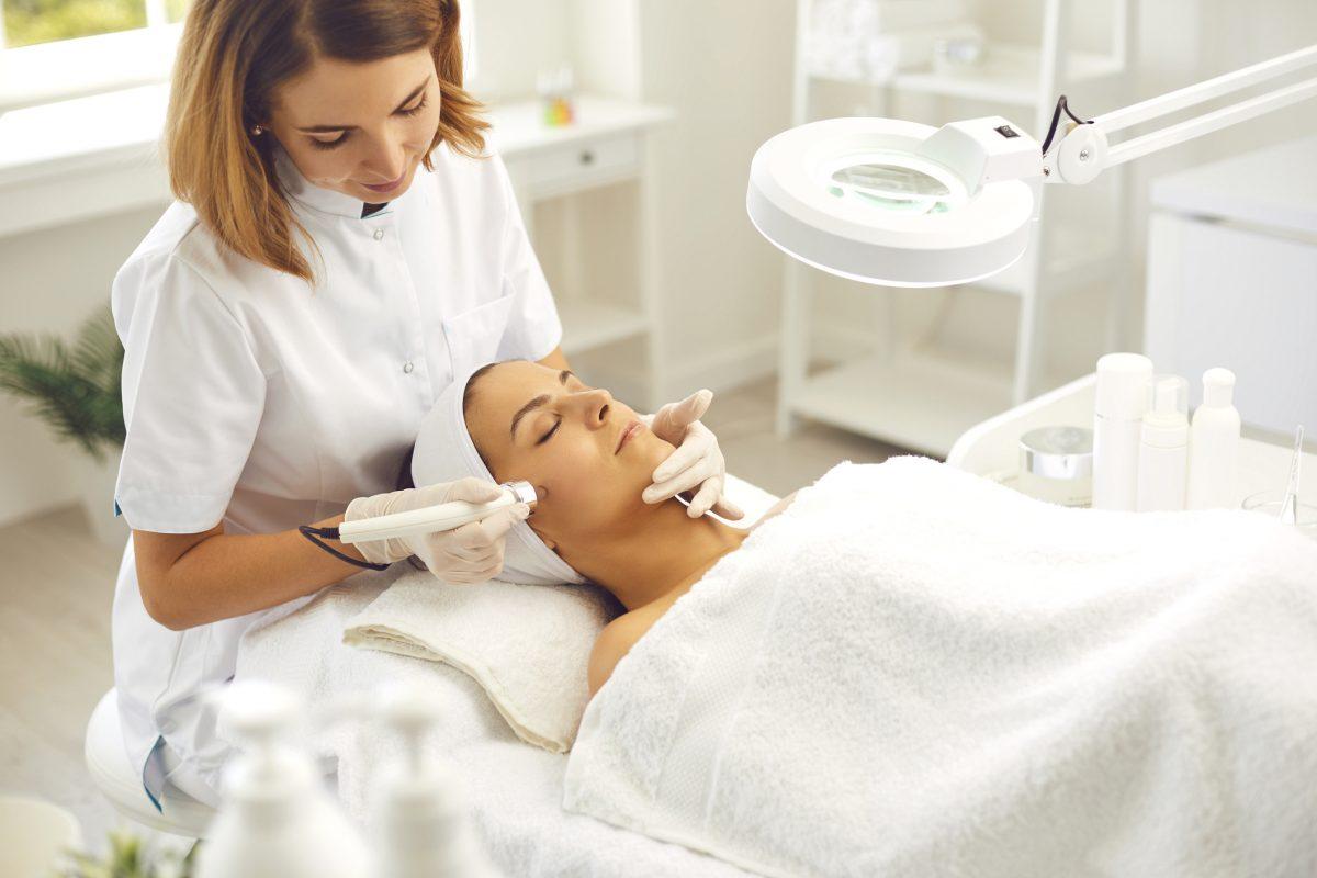 Acne vulgaris, antibacterial, pH levels