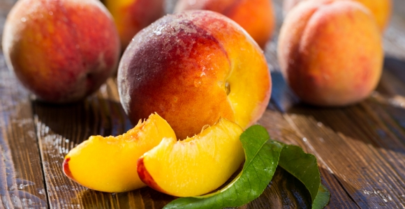 The Low-Calorie, Antioxidant-Rich Peach