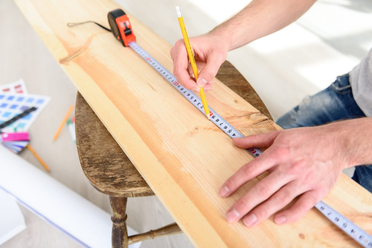 measuring wood inches