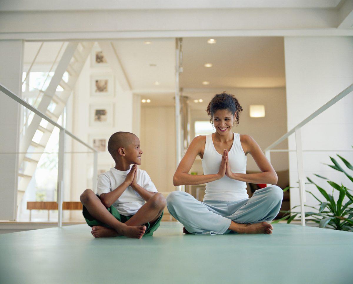 rib back therapy hump yoga
