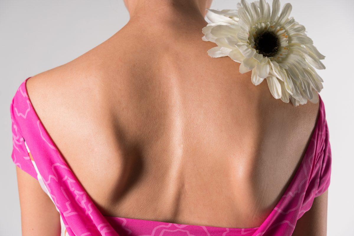 shoulder blade higher curvature