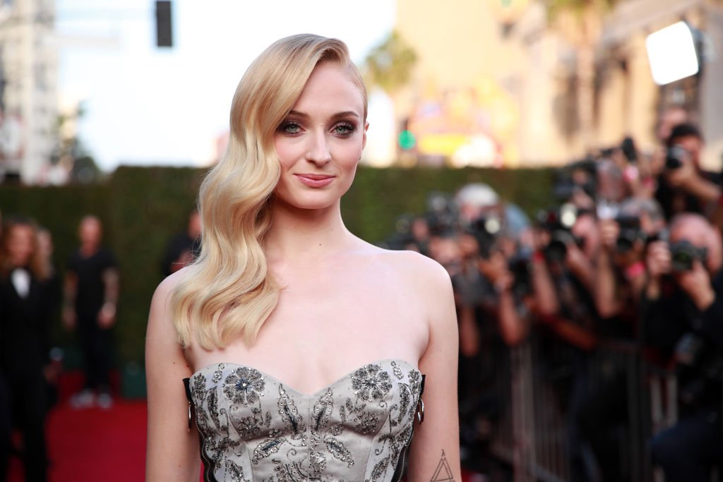 """HOLLYWOOD, CALIFORNIA - JUNE 04: Sophie Turner attends the premiere of 20th Century Fox's """"Dark Phoenix"""" at TCL Chinese Theatre on June 04, 2019 in Hollywood, California."""