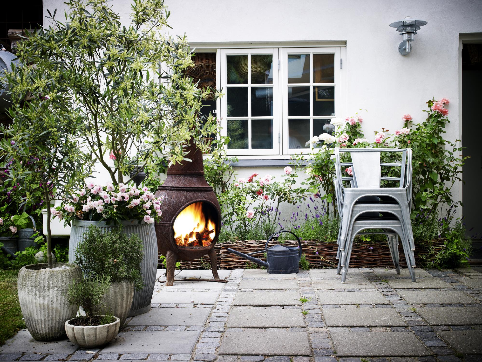 Garden terrace and fireplace