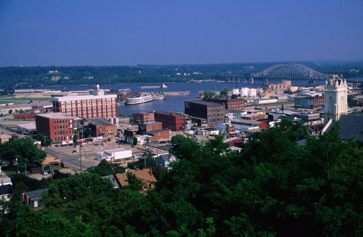 Iowa's income taxes are astronomical