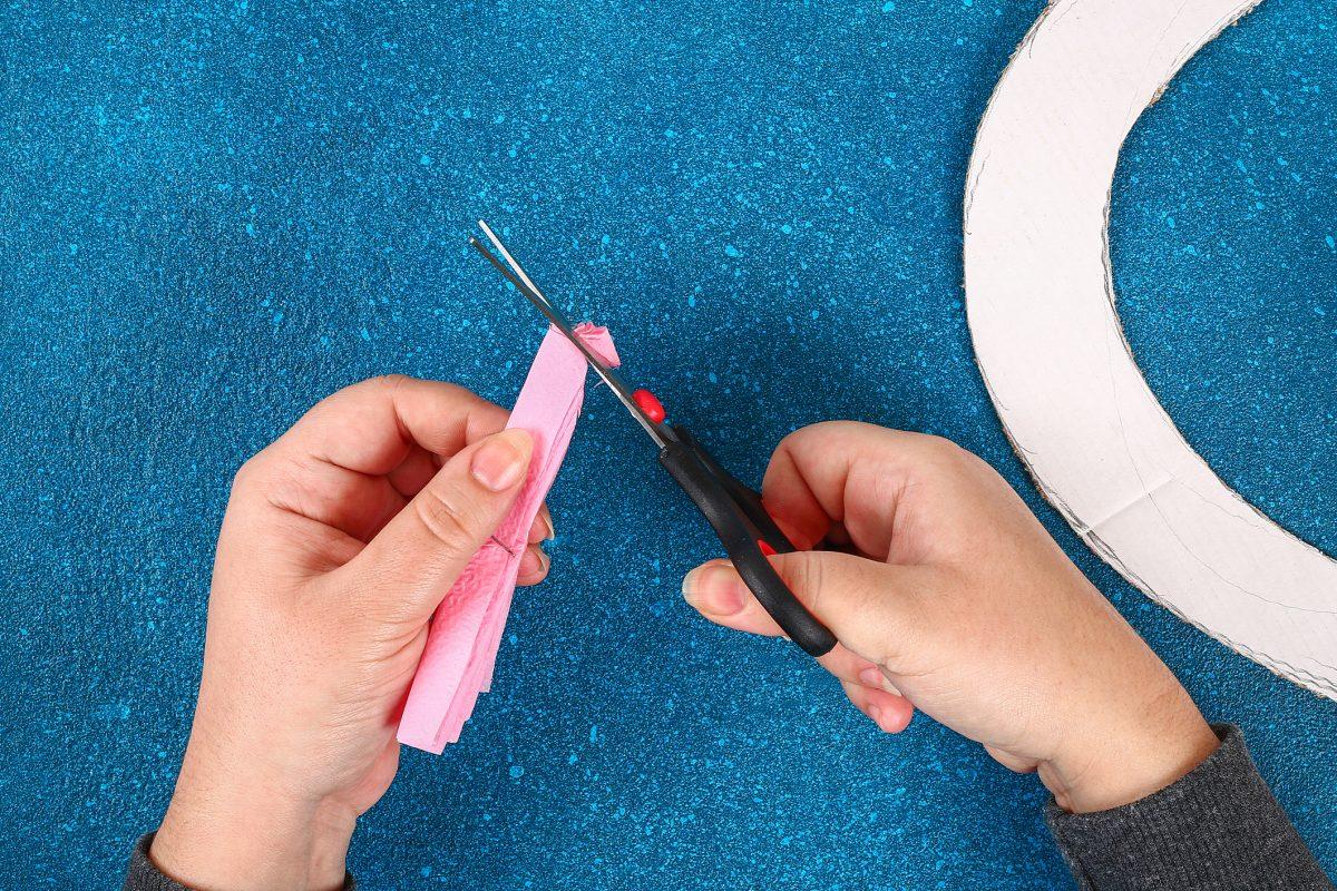 Tissue paper flowers trim edges