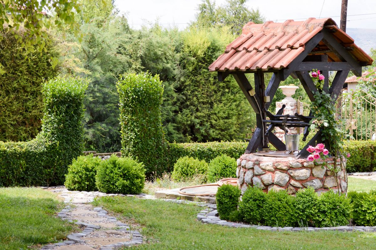 Landscaping ideas garden well